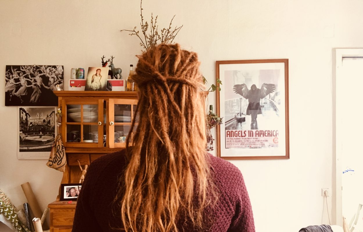 rote Dreadlocks